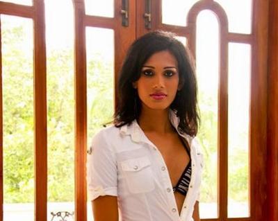 Sri Lanka madre sexo ridenawa ai video completo aqu