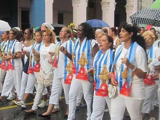 damas de blanco 8 de septiembre