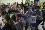 Alberto Di Lolli 1/10/17, Barcelona, Cataluna. Centenares de personas han tratado de impedir sin exito que la Policia Nacional se llevase las urnas del CEIP Ramon Llull.
